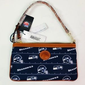NWT Small Dooney & Bourke Seahawks wristlet/clutch